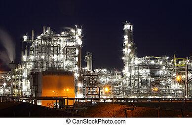pétrole gaz, industrie, -, raffinerie, à, crépuscule, -,...