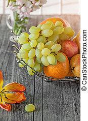 pêche, fond, poire, fruit, citron, pamplemousse, bouquet, day., fraise, ensoleillé, panier, petit, fleurs blanches