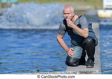 pêcher étang, portrait, ouvrier, observer