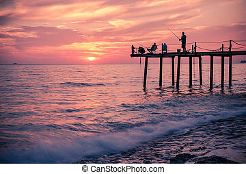 pêcheurs, silhouettes, jetée