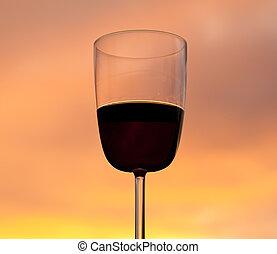 pôr do sol, atrás de, vidro vinho vermelho