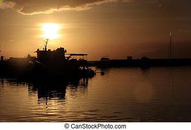 pôr do sol, baía manila