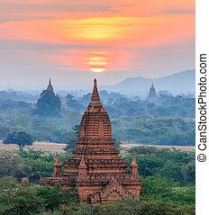 pôr do sol, bagan, bagan, templos, myanmar