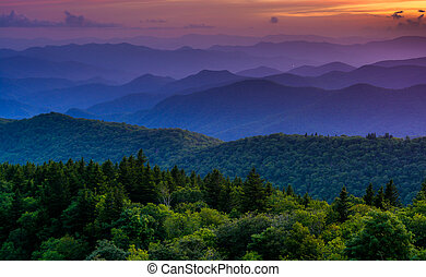 pôr do sol, de, cowee, montanhas, negligenciar, ligado, a,...