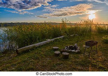 pôr do sol, lago, acampamento, lareira