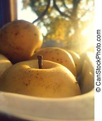 pôr do sol, maçãs