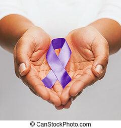 púrpura, manos, conocimiento, cinta, tenencia