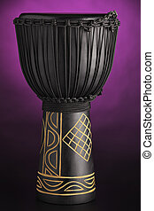 púrpura, tambor, djembe, proyector, aislado