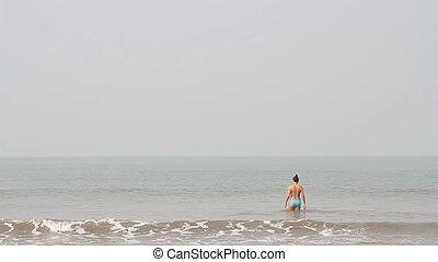pływacki, plaża, młody, samica, szczęśliwy