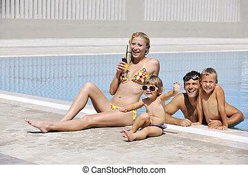 pływacki wrębiają, rodzina, szczęśliwy, zabawa, mieć, młody