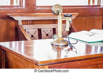 přechovávač, telefonovat, staromódní