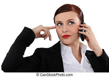 přemýšlivý, eny mluvil oproti telefonovat