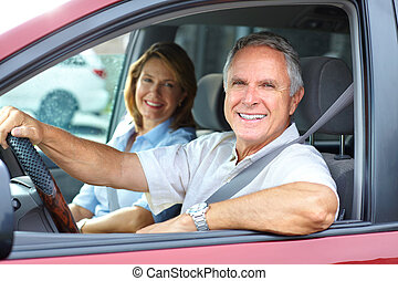 Auto Paar Senioren Lacheln Glucklich