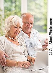 paar, bejaarden, internet