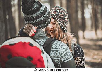 paar, draußen, glücklich