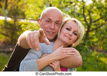paar, erwachsener, zusammen, glücklich