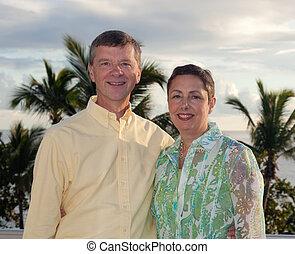 paar, gepensioneerd, vakantie
