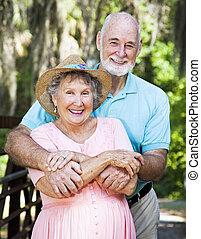 paar, hartelijk, ouder
