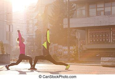 paar, het opwarmen, voor, jogging