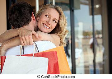 paar, het winkelen reis