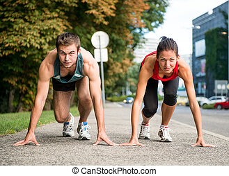paar, -, junger, rennender , konkurrieren, rivalität
