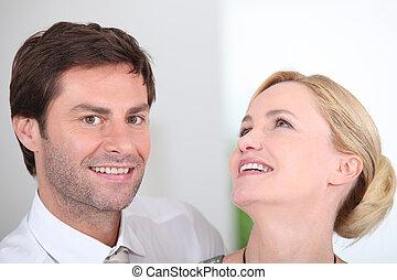 paar, lachender