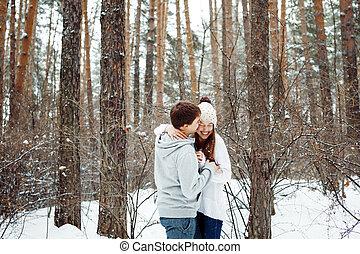 paar, liebe, spaß haben, in, winter