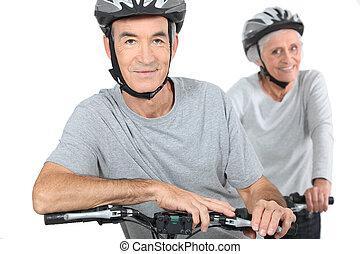 paar, middelbare leeftijd , biking.
