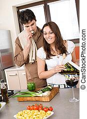 paar, moderne, samen, cook, het glimlachen, keuken