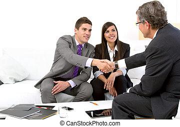 paar, planner., financieel, jonge, vergadering