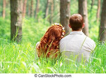 paar, relaxen, in het park