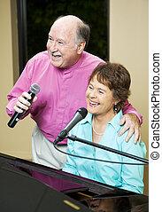paar, senior, het zingen