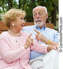 paar, senior, meningsverschil