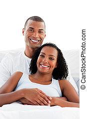 paar, slaapkamer, uit, zwangerschap, resultaten, vrolijk, test, bevinding