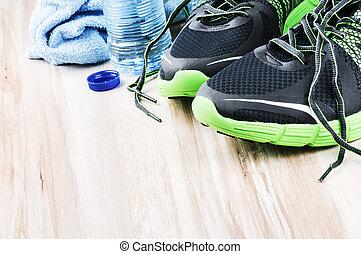 paar, van, sport schoenen, en, karaf