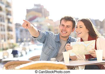 paar, van, toeristen, grondig, bestemming, gedurende, reizen