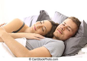 paar, vrolijke , bed, samen, slapende