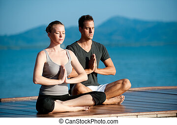 paar, yoga, oceaan