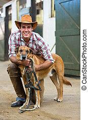 paarde, boerderij, eigenaar, en, zijn, dog