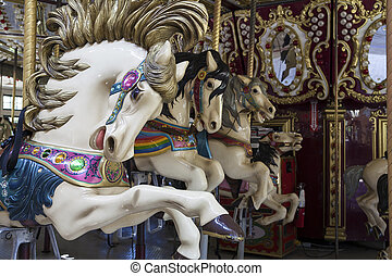 paarden, draaimolen