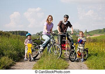 paardrijden, bicycles, gezin, zomer