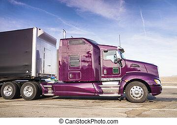 paarse , vrachtwagen