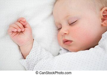 pacífico, bebé, acostado, en, un, cama, mientras, sueño