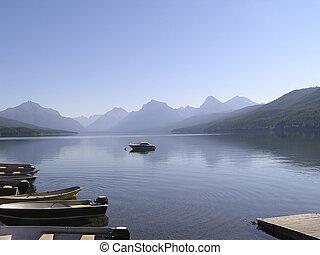 pacífico, lago, en, el, niebla, en, mañana temprana