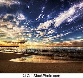 pacata, oceânicos, sob, dramático, céu ocaso