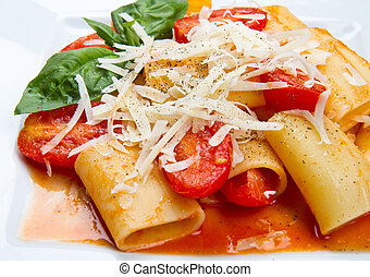 paccheri with tomatoes sauce