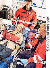 paciente, emergencia, coche, roto, estabilización, brazo