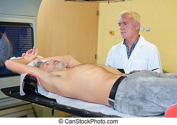 paciente, varredura, assistente técnico, médico, radiological, preparar