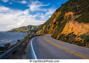 Pacific Coast Highway and view of the Pacific Ocean, in Big Sur, California.