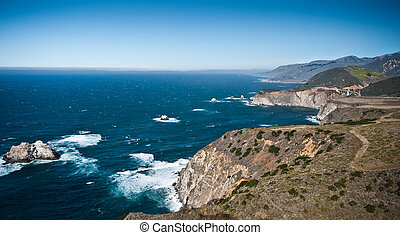 Pacific Coast Highway view - Pacific ocean and its rocky ...